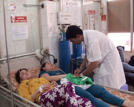 Hai trong số 170 công nhân bị ngộ độc nhập viện ngày 21-3