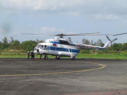 Đã có 3 chiếc trực thăng Mi 171 trực chiến tại sân bay Cà Mau, chờ lệnh tham gia tìm kiếm máy bay Malaysia mất tích