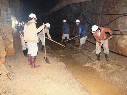 Nhiều đoạn hầm thủy điện Đạ Dâng không được gia cố theo quy địnhẢnh: KỲ NAM