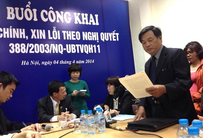 Buổi xin lỗi diễn ra tại Văn phòng Đảng ủy phường Lý Thái Tổ, quận Hoàn Kiếm, Hà Nội, địa phương cư trú của ông Bình