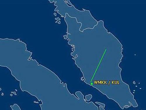 Ảnh theo dõi đường bay của chiếc máy bay mất tích cho thấy tín hiệu liên lạc bị đứt không lâu sau khi máy bay cất cánh khỏi Kuala Lumpur. Ảnh: Dailymail