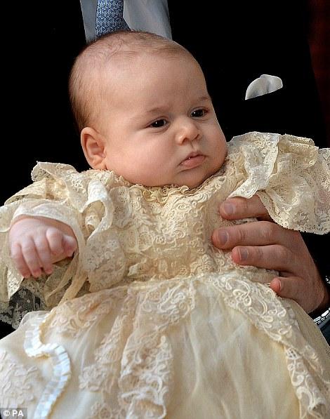 Hoàng tử bé George lúc 3 tháng tuổi