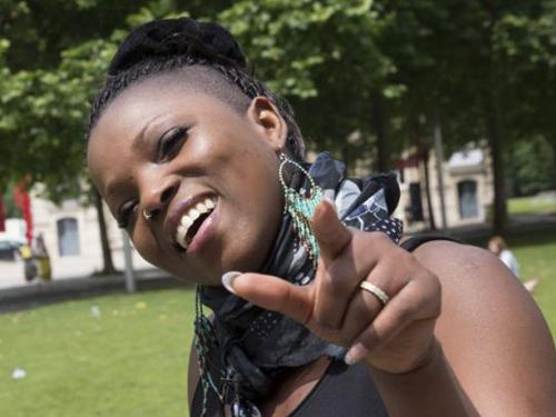 Alama Kanté hát trong suốt quá trình phẫu thuật. Ảnh: Reuters