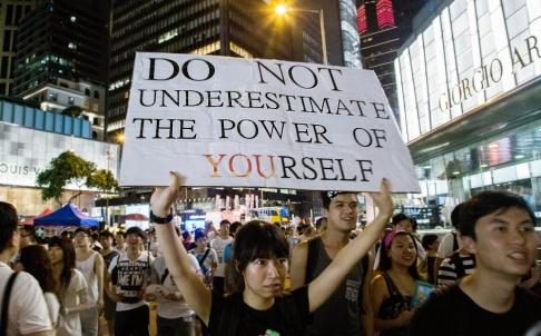 Cuộc tuần hành đòi dân chủ ở Hồng Kông hôm 1-7.Ảnh: Bloomberg