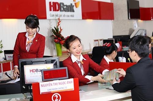 HDBank luôn thiết kế những sản phẩm dịch vụ tài chính tiện ích cho khách hàng