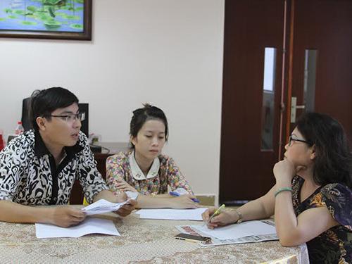Các nạn nhân đến Báo Người Lao Động tố cáo hành vi lừa đảo của World NetsẢnh: Sỹ Đông