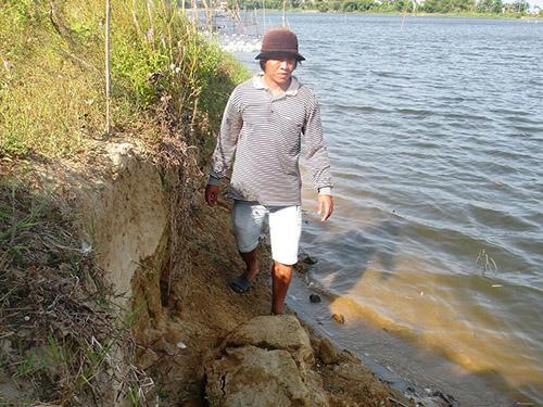 Khai thác cát làm thay đổi dòng chảy, sạt lở bờ sông tại xã Duy Thành, huyện Duy Xuyên, tỉnh Quảng Nam