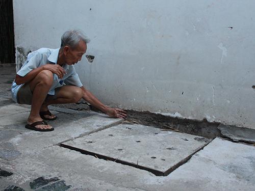 Đường nội bộ của chung cư Hoàng Anh Gia Lai II bị lúnẢnh: Trường Hoàng
