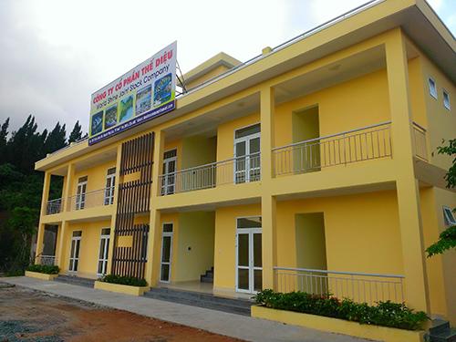 Nhà điều hành của Công ty CP Thế Diệu trên đường vào khu vực dự án Khu Du lịch nghỉ dưỡng quốc tế World Shine - Huế