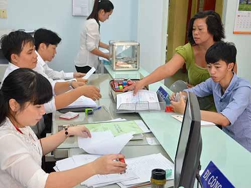 Cán bộ, công chức UBND phường 7, quận Tân Bình, TP HCM trong giờ làm việc. (Ảnh chỉ có tính minh họa) Ảnh: Tấn Thạnh