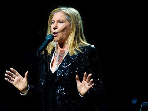 Barbra Streisand vô địch trong 6 thập kỷ