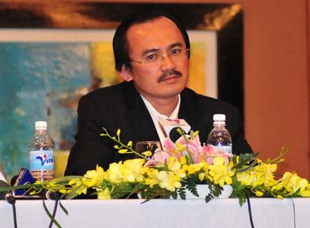 Bầu Thắng tiếp tục làm chủ tịch Kien Long Bank đến năm 2017