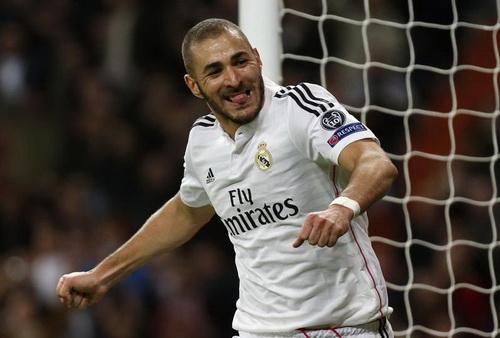 Karim Benzema ghi bàn duy nhất cho Real Madrid trước Liverpool