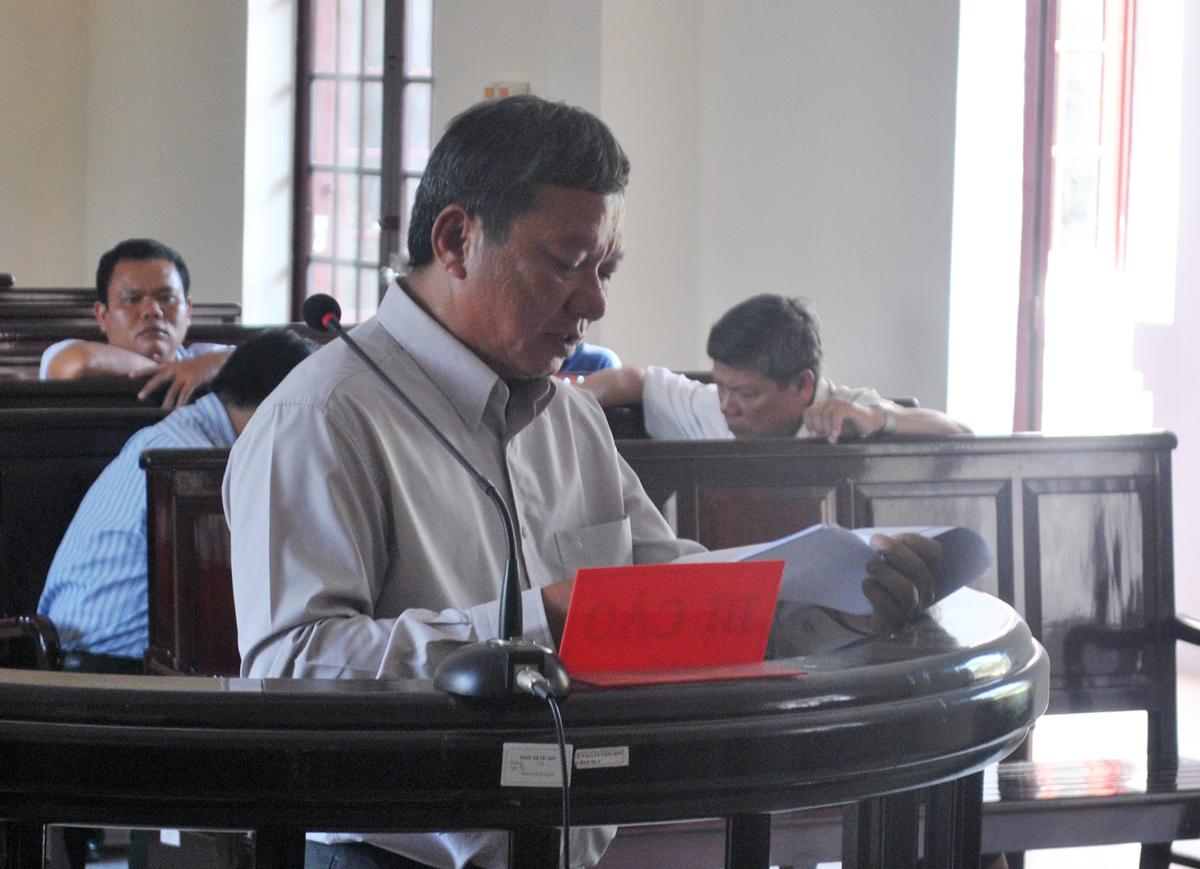 Bị cáo Trần Văn Mười cho rằng mình làm đúng với Thông tư liên tịch 06