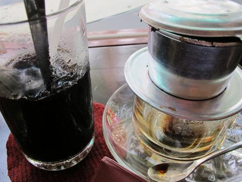 Suýt gây án mạng vì ly cà phê đá
