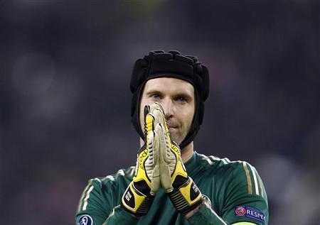 Thời hoàng kim của Cech ở Chelsea đã hết