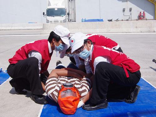 Biết cách sơ cấp cứu kịp thời sẽ góp phần hạn chế tổn thất về nhân mạng