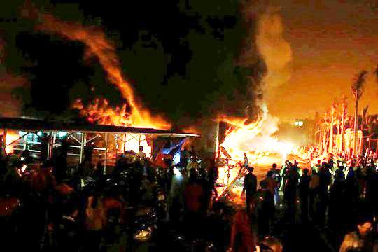 Cháy chợ phố Hiến trong đêm