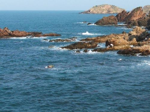 Eo Gió xã Nhơn Lý nơi Minh tắm biển mất tích chiều 6-2