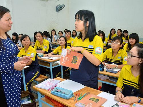 Học sinh lớp 12 Trường THPT Bùi Thị Xuân, TP HCM trong giờ học môn văn Ảnh: TẤN THẠNH