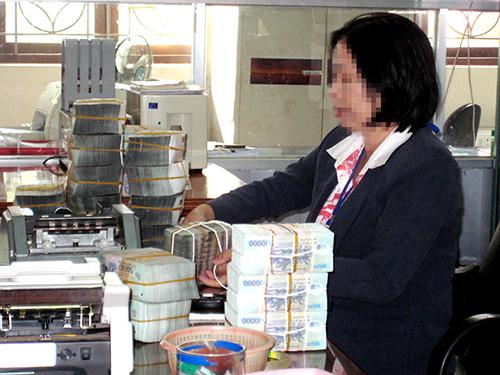 Ngân hàng Nhà nước quy định ngân hàng thương mại giải ngân cho vay trên 100 triệu đồng phải qua chuyển khoản