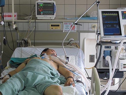 Nhiều bệnh nhân nhiễm cúm A/H1N1 nhập viện trong tình trạng nguy kịch Ảnh: NGỌC DUNG