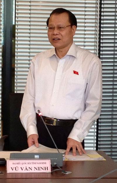 Phó Thủ tướng Vũ Văn Ninh: Chúng ta phải bình tĩnh xử lý.