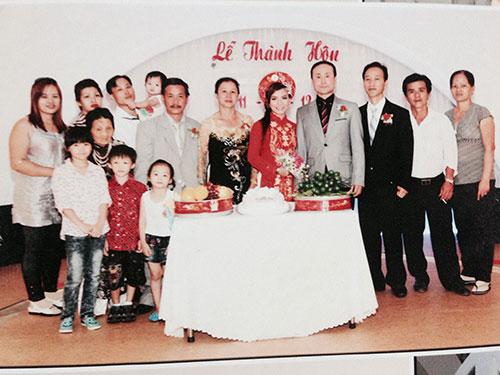 Đám cưới của Nguyễn Thị Thanh Ngân và người chồng Hàn Quốc năm 2012