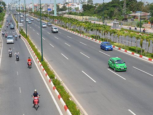Đường Phạm Văn Đồng, một trong những công trình giao thông nổi bật của TP HCM Ảnh: Tấn Thạnh