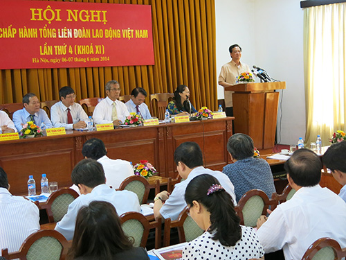 Thủ tướng Chính phủ Nguyễn Tấn Dũng phát biểu tại hội nghị sáng 6-6