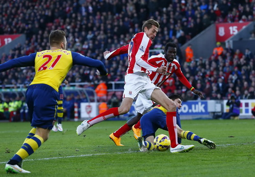 Peter Crouch ghi bàn ở giây 19 cho Stoke