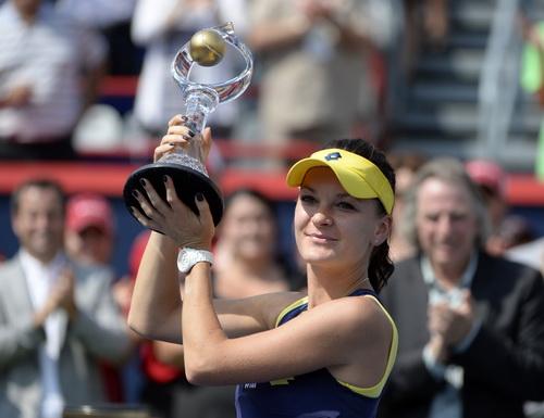 Radwanska lên ngôi ở một giải đấu có quá nhiều biến động