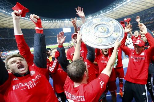 Bayern Munich giành ngôi vô địch Bundesliga 2013-2014 sớm trước 7 vòng đấu