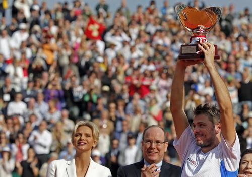 Thành công ở Monte Carlo, Wawrinka hướng tới việc chinh phục Roland Garros