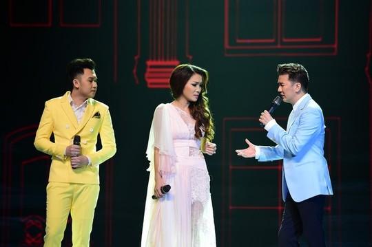 Đàm Vĩnh Hưng hát cùng Hà Hồ và Dương Triệu Vũ