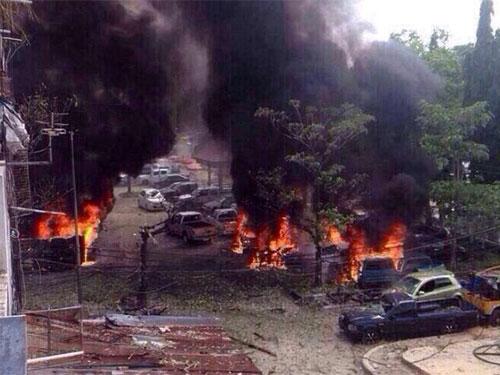 HIện trường vụ đánh bom. Ảnh: Bangkok Post