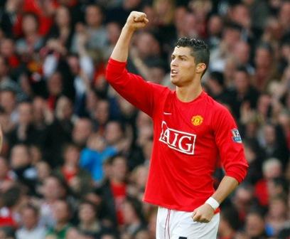 M.U luôn trong trái tim Ronaldo...