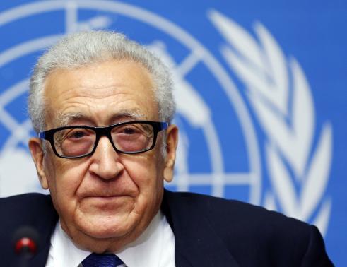 Ông Lakhdar Brahimi xin lỗi người dân Syria. Ảnh: Reuters
