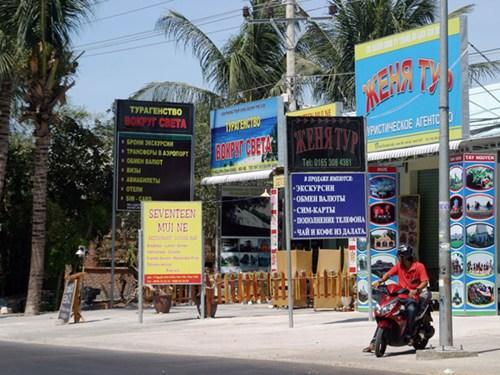 Khách Nga sụt giảm khiến các DN kinh doanh khách sạn, resort, nhà hàng ở Mũi Né lao đao - Ảnh: Quế Hà