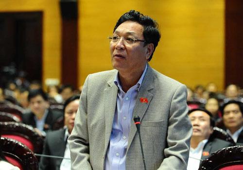 Bộ trưởng GD-ĐT Phạm Vũ Luận: Vấn đề kinh phí phải làm theo quy trình. Ảnh: Minh Thăng