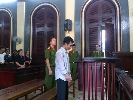 Bị cáo Sang tại phiên sơ thẩm sáng 30-9