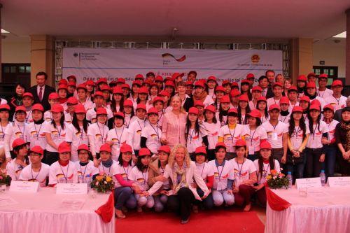 125 điều dưỡng viên được tuyển chọn sang Đức