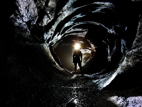 Một cảnh tuyệt đẹp được chụp trong hệ thống hang động Dan ỷ Ogof