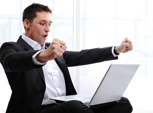 Hãy vượt qua nỗi sợ để tìm cơ hội việc làm mới cho mình. Ảnh: internet