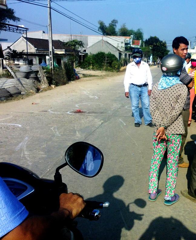 Hiện trường vụ tai nạn làm một học sinh tử vong, sáng 27-2, tại thị xã An Nhơn, Bình Định