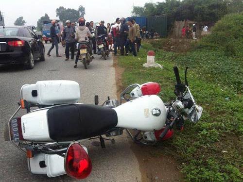 Hiện trường vụ tai nạn khiến Thiếu úy  CSGT Đào Văn Đồng tử nạn trên đường làm nhiệm vụ