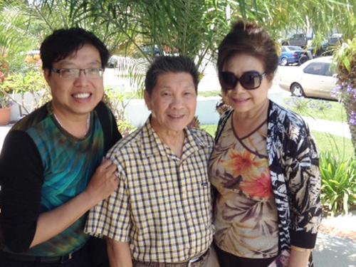 Danh hài Xuân Phát - cha của Dustin Nguyễn qua đời