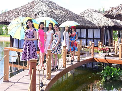 Các thí sinh dự thi vòng chung kết Hoa hậu Việt Nam 2014 tại Phú Quốc (Ảnh do ban tổ chức cung cấp)