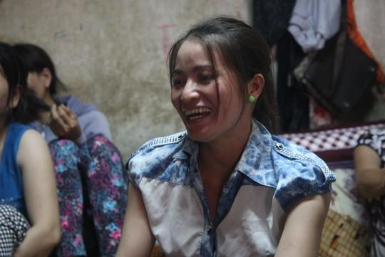 Chị Huỳnh Thị Ánh Hồng kể về việc tìm thấy số tiền lớn