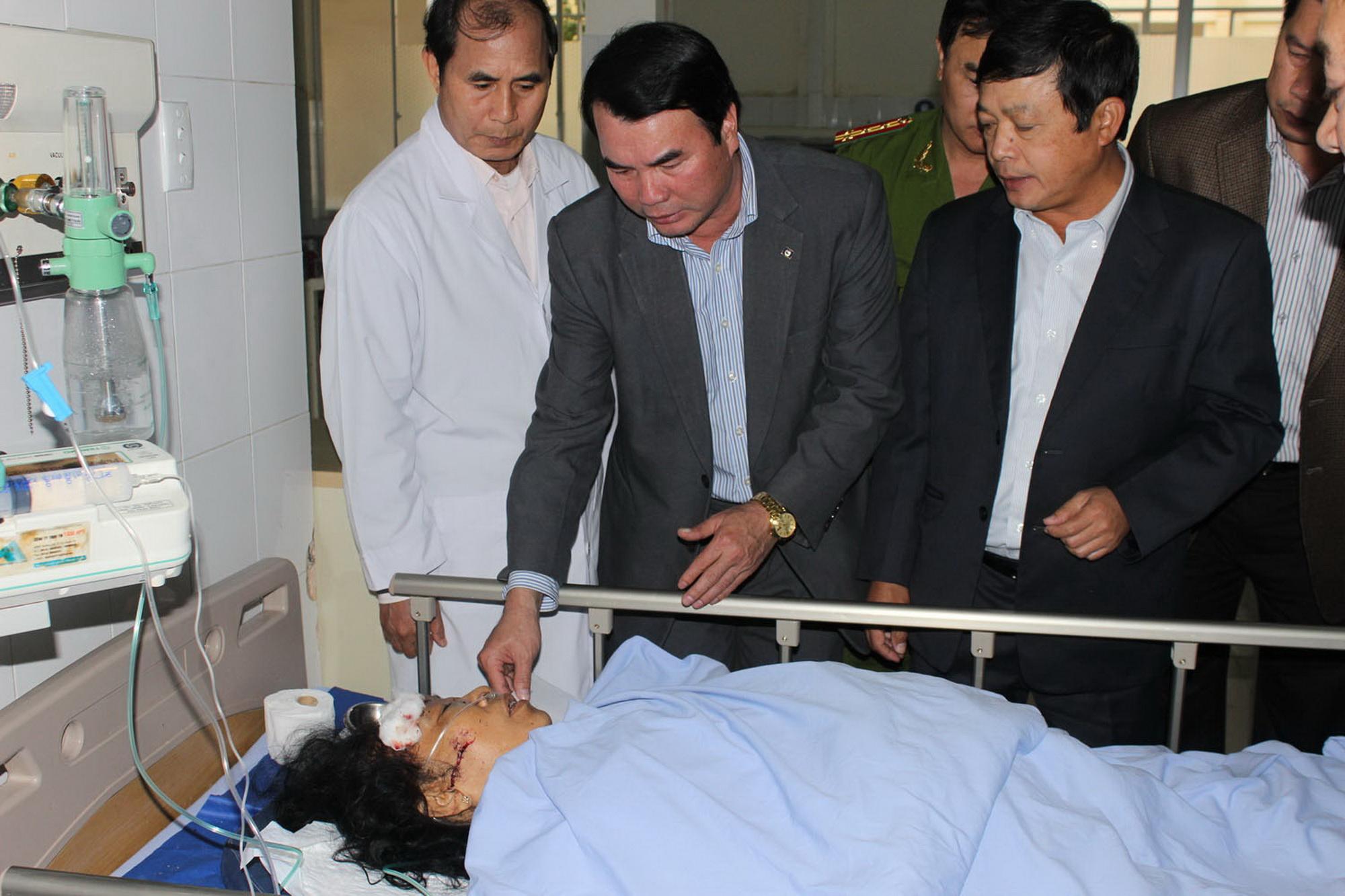 Lãnh đạo tỉnh Lâm Đồng thăm hỏi các nạn nhân trong vụ tai nạn